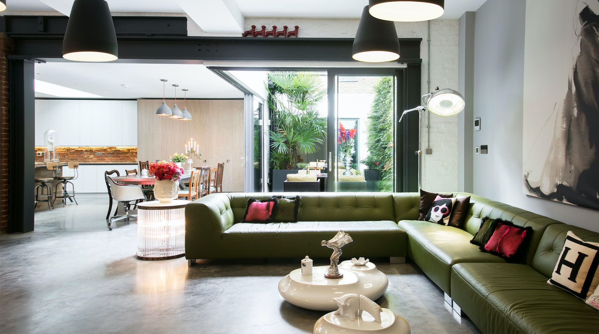 This London Airbnb Is A Fabulous Warehouse Conversion In Sditch