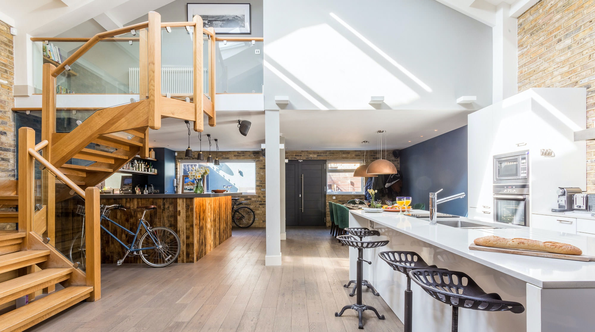 One Of The Best London Airbnb Out There This House Is Made For Good Times