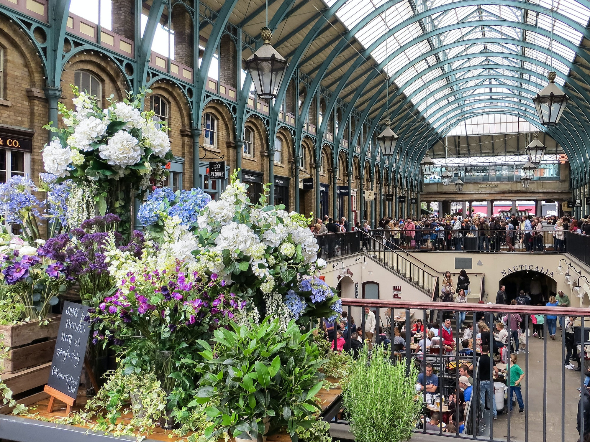 Covent Garden is known for its flagship beauty stores, this is the best place for some relaxed shopping before heading to one of the local eateries.