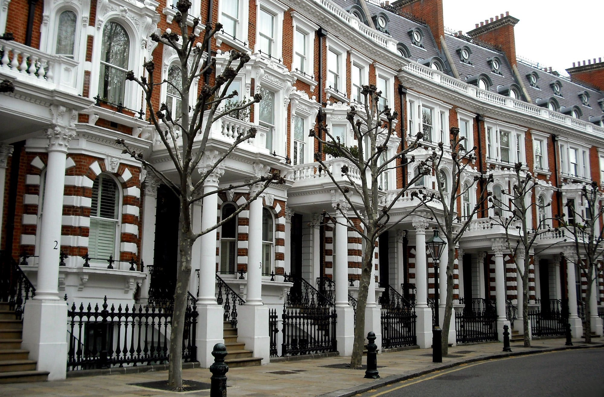 Kensington Is One Of The Best Area To Stay In London For Tourists