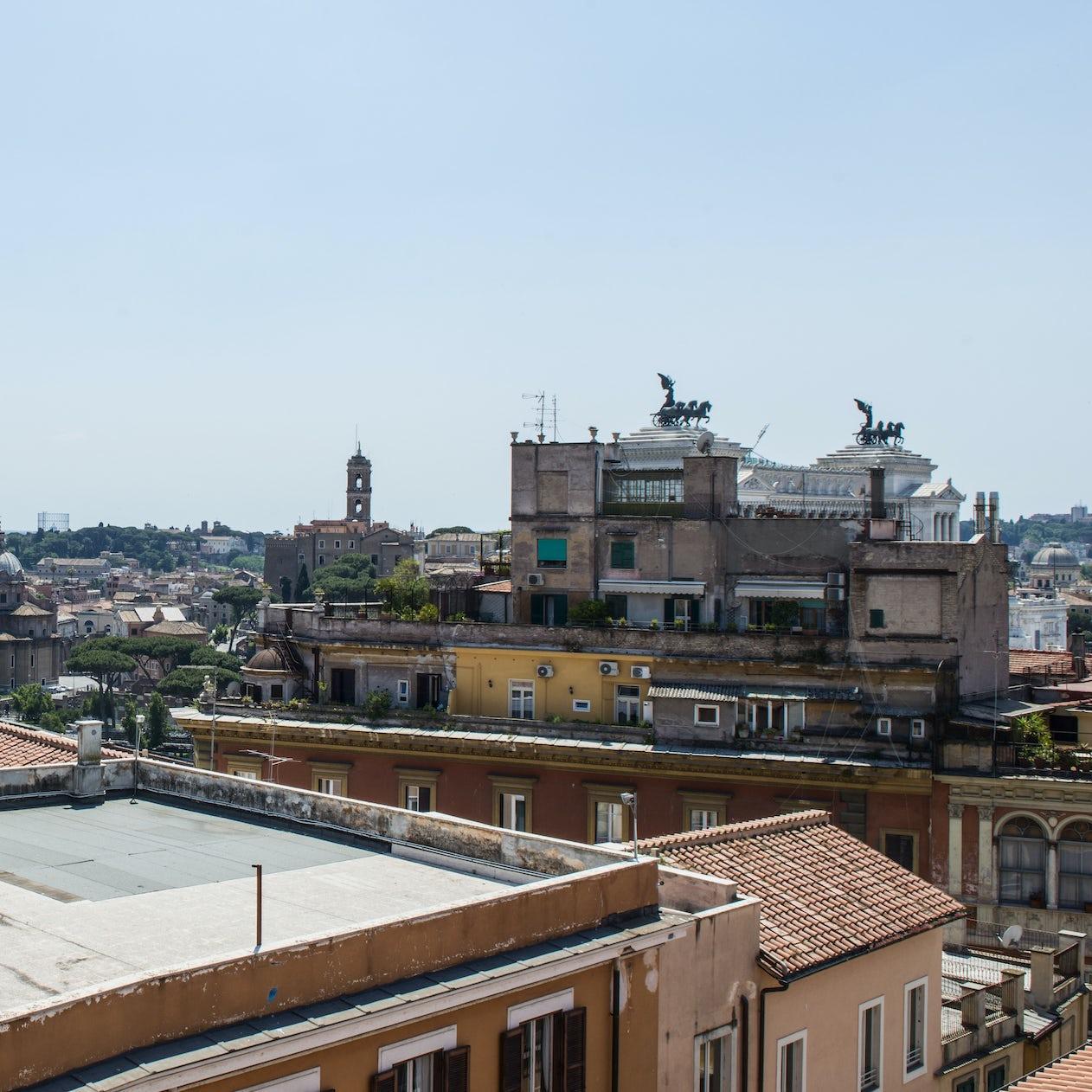 Terrazza Dorata Trevi Rome The Plum Guide
