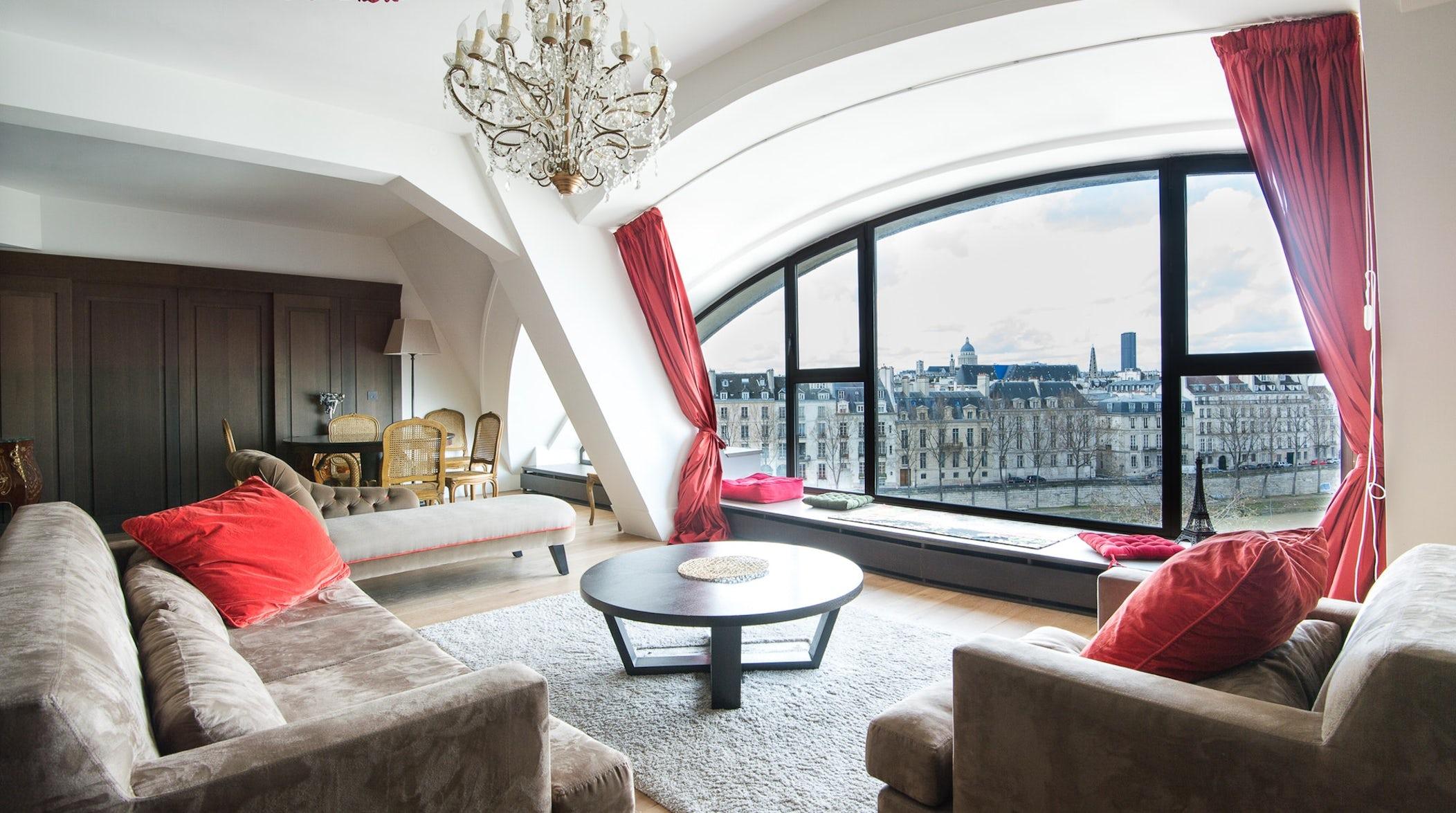 My Home In Paris quai des célestins ii, le marais, paris | the plum guide