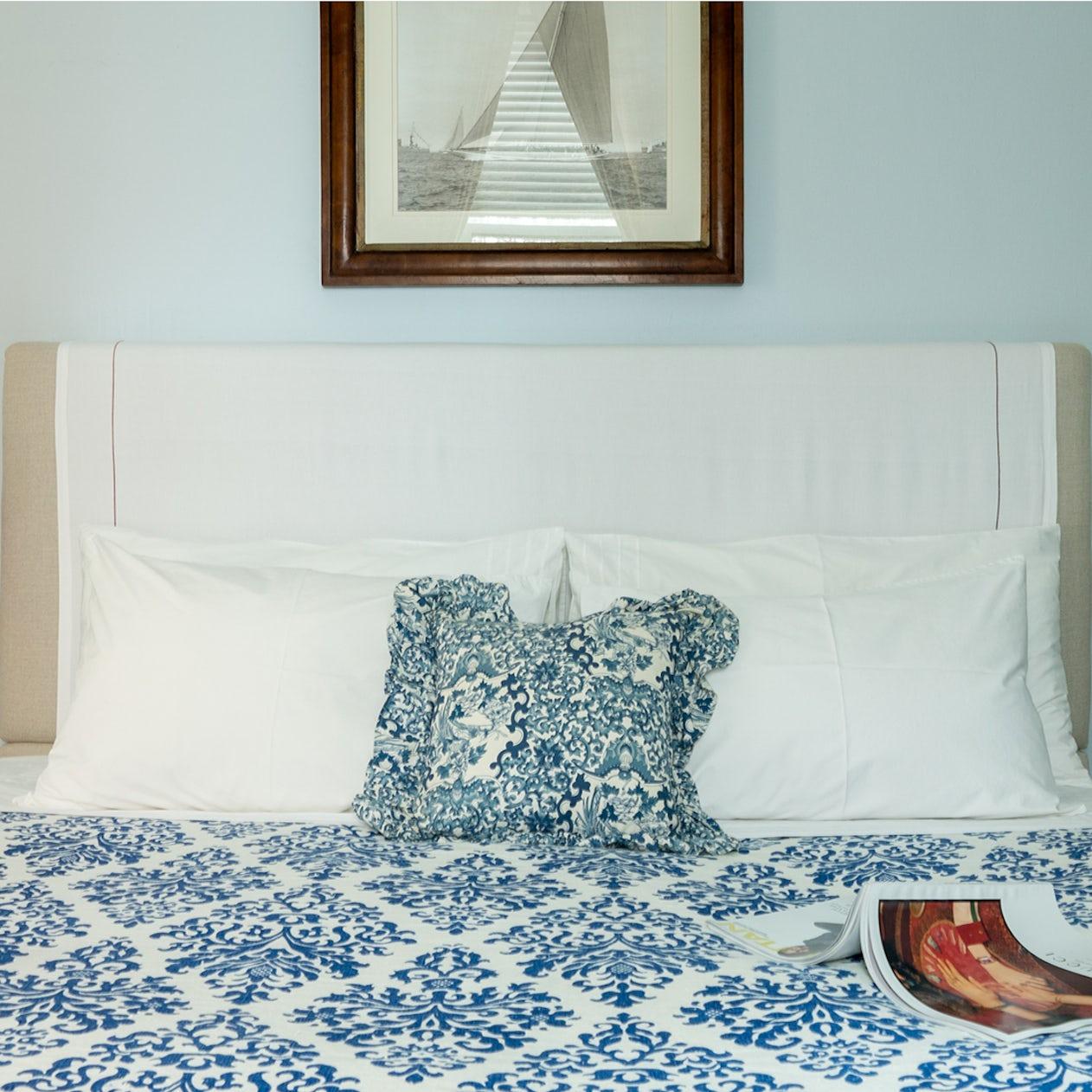 Miraculous Blue Museum Upper East Side New York The Plum Guide Short Links Chair Design For Home Short Linksinfo