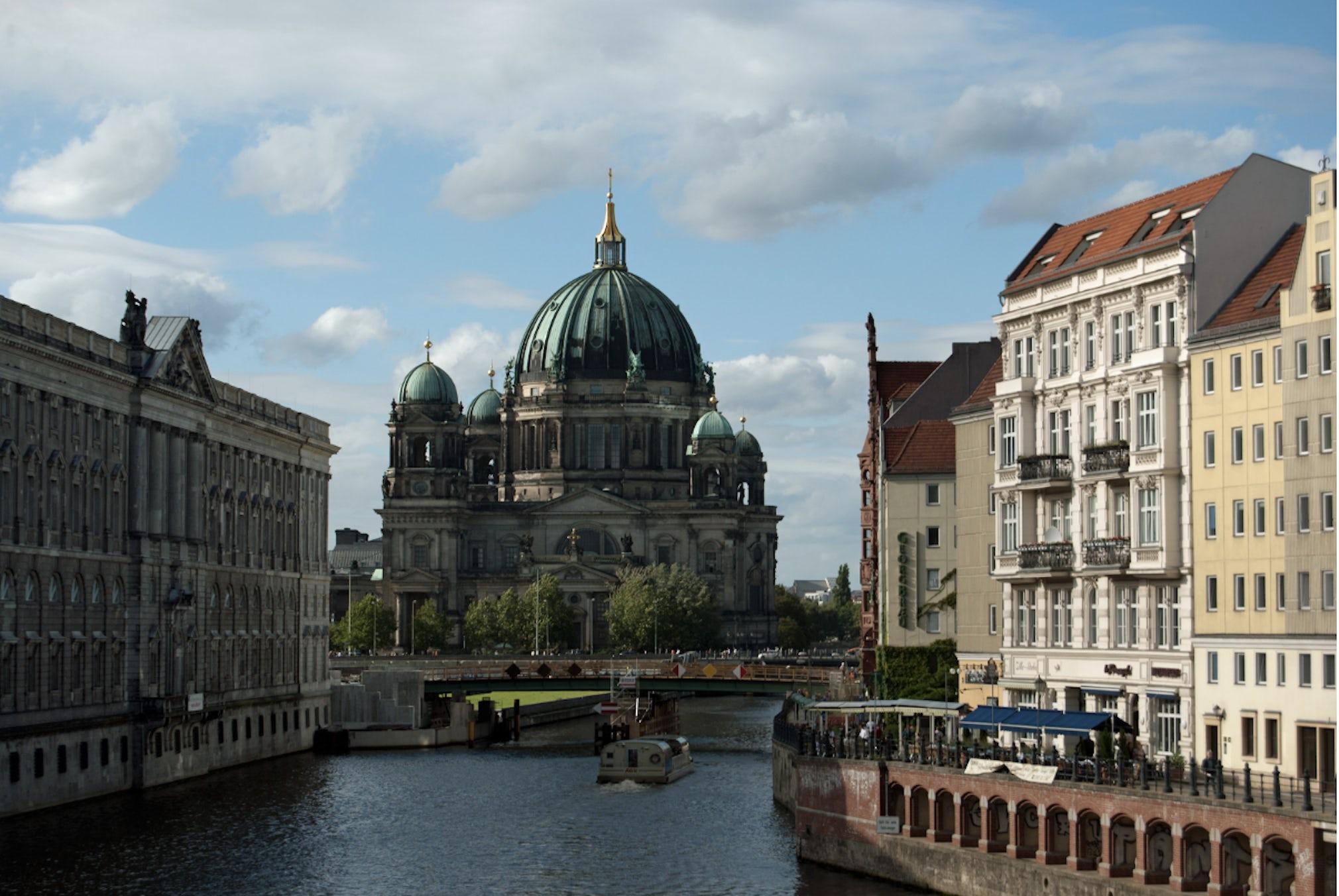 Berlin Blues, Mitte, Berlin   The Plum Guide